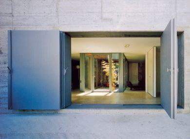 Atriumhaus Therwil, 1999